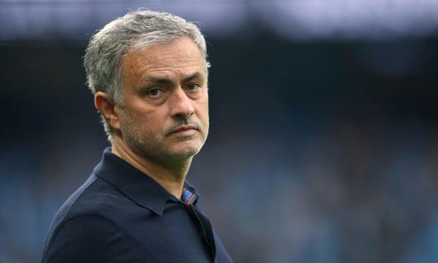 manchester united sacks Jose mourinho